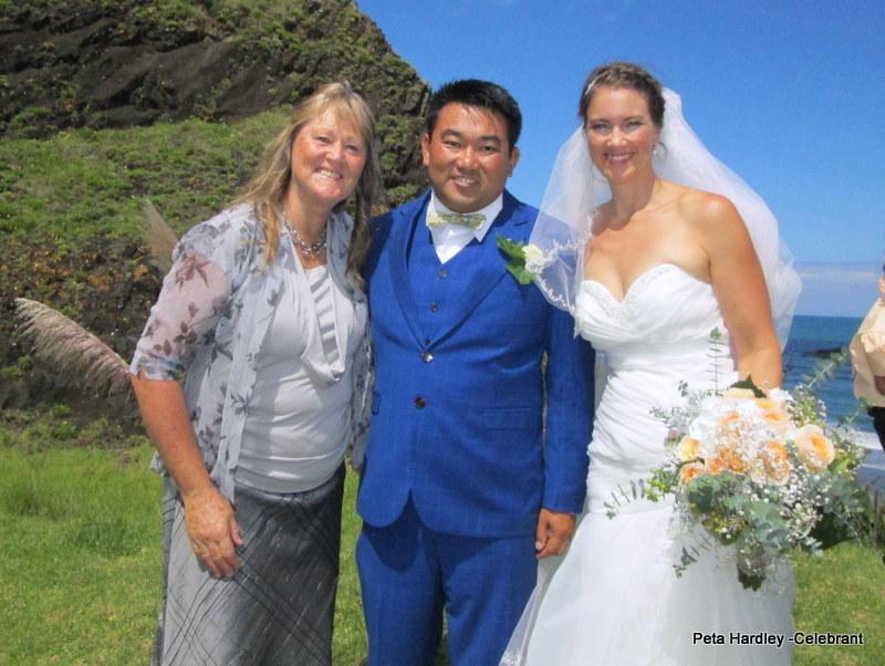 Anoukoun & Emma, Maori Bay, Muriwai