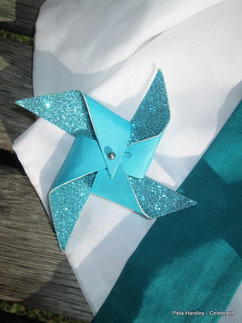 Pinwheel buttonhole