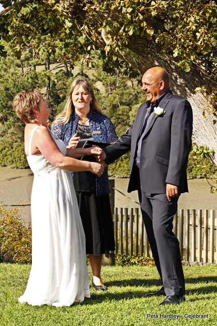 Sandy & David The Riverhead Peta Hardley West Auckland Wedding Celebrant